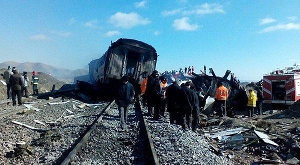 اخبار جدید از آمار کشته شدگان تصادف قطار سمنان 6 آذر 95