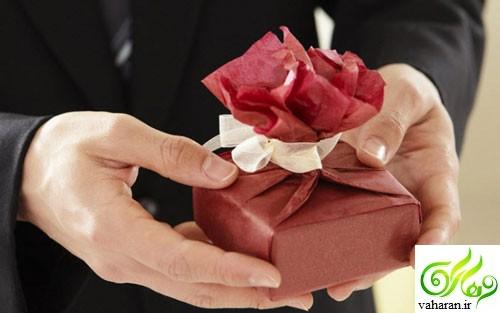 انتخاب هدیه بر اساس ماه تولد / علاقه افراد ماههای مختلف سال در گرفتن هدیه