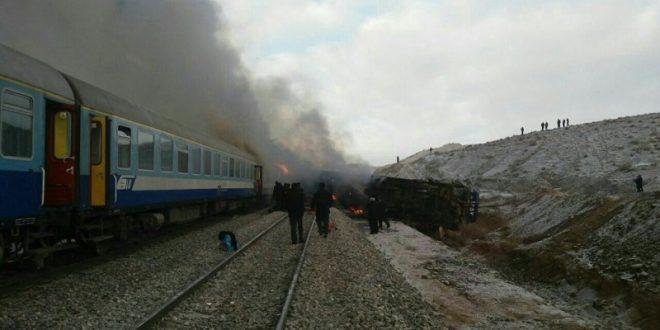 علت برخورد دو قطار در سمنان مشخص شد