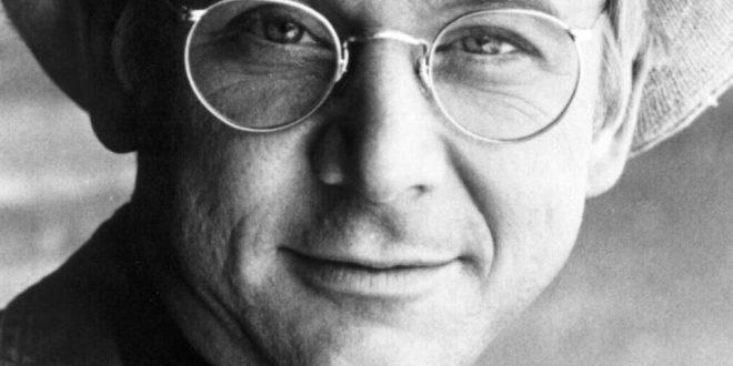 درگذشت ویلیام کریستوفر بازیگر مشهور هالیوود + عکس و بیوگرافی