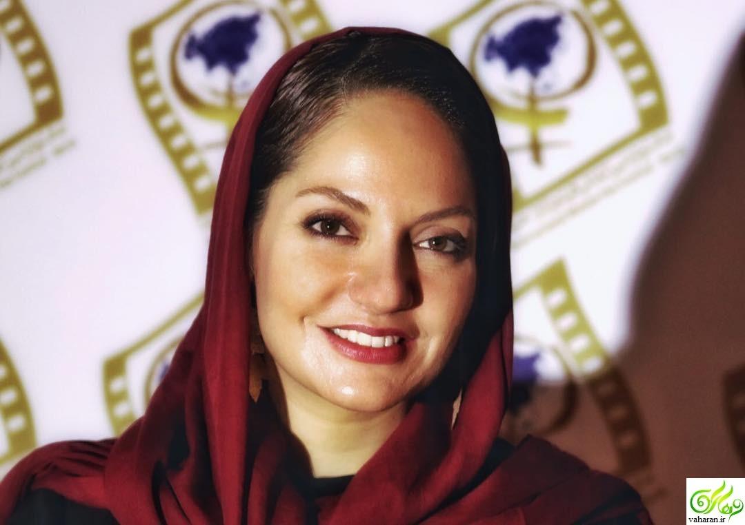 عکس: مهناز افشار در مراسم تشییع شهدای پلاسکو بهمن 95
