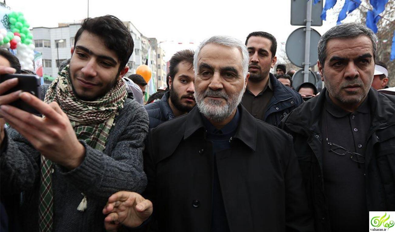 عکس : چهره ها در راهپیمایی 22 بهمن 95
