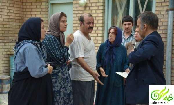 کلیپ تبلیغ یک فیلم سینمایی توسط بازیگران آن در خیابان های تهران