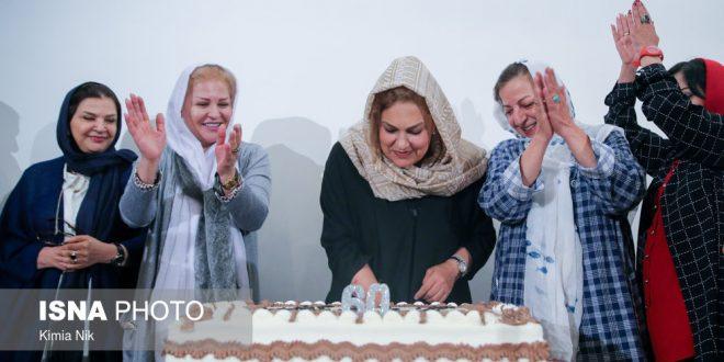 جشن تولد مهرانه مهین ترابی,مهرانه مهین ترابی در 60 سالگی,مهرانه مهین ترابی آپارات,مهرانه مهین ترابی ویکی پدیا,بیوگرافی مهرانه مهین ترابی